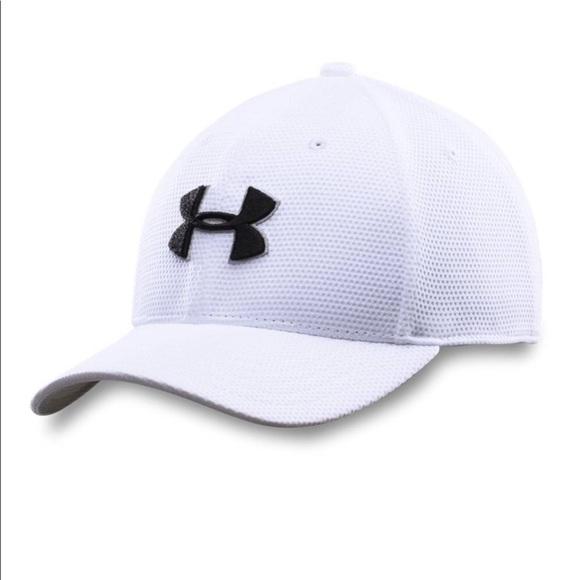White under Armour hat. M 5a9b3e7b5521be82f5affcf6 135d656bb